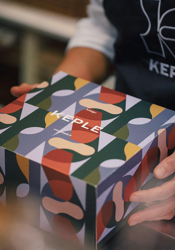 Progettazione packaging pasticceria torte e design logo Keple-Drystudio